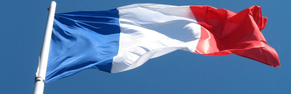 Fransk flag som symbol for sprogrejse til Frankrig